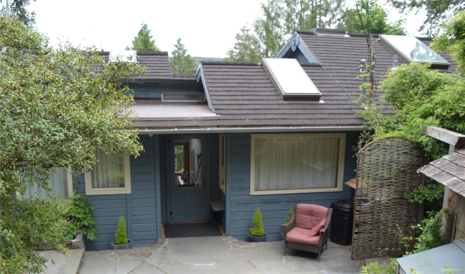 Main Photo: 150 Woodland Dr in : GI Salt Spring House for sale (Gulf Islands)  : MLS®# 864022