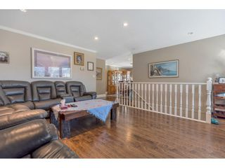 """Photo 8: 18063 60 Avenue in Surrey: Cloverdale BC House for sale in """"Cloverdale"""" (Cloverdale)  : MLS®# R2575955"""