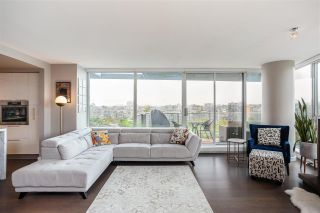 """Photo 3: 1802 8 SMITHE Mews in Vancouver: Yaletown Condo for sale in """"Flagship"""" (Vancouver West)  : MLS®# R2577399"""