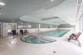 """Photo 11: 2003 939 EXPO Boulevard in Vancouver: Yaletown Condo for sale in """"THE MAX"""" (Vancouver West)  : MLS®# R2102471"""