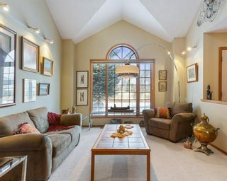Photo 5: 75 SILVERSTONE Road NW in Calgary: Silver Springs Detached for sale : MLS®# C4287056
