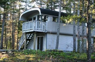 "Photo 1: 7 GARIBALDI Drive in Whistler: Black Tusk - Pinecrest House for sale in ""BLACK TUSK"" : MLS®# R2014772"