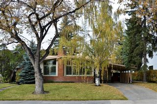 Photo 1: 2336 LONGRIDGE Drive SW in Calgary: North Glenmore Park Detached for sale : MLS®# C4272133