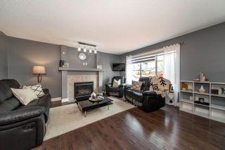 Photo 4: 2927 26 Avenue in Edmonton: Zone 30 House for sale : MLS®# E4261354