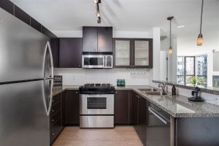 Photo 14: 405 124 W 1ST STREET in North Vancouver: Lower Lonsdale Condo for sale : MLS®# R2458347