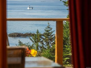 Photo 14: 3721 Privateers Rd in : GI Pender Island House for sale (Gulf Islands)  : MLS®# 854926
