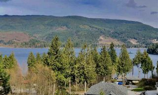 Photo 2: 6254 FAIRWAY Avenue in Sechelt: Sechelt District House for sale (Sunshine Coast)  : MLS®# R2523650