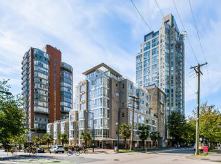 """Photo 14: 208 910 BEACH Avenue in Vancouver: Yaletown Condo for sale in """"910 BEACH AVE"""" (Vancouver West)  : MLS®# R2617665"""
