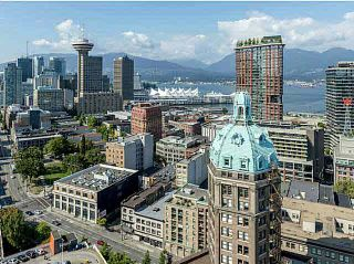 """Photo 1: 3002 183 KEEFER Place in Vancouver: Downtown VW Condo for sale in """"Paris Place"""" (Vancouver West)  : MLS®# V1079874"""