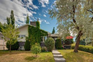 Main Photo: 3204 15 Street NW in Calgary: Collingwood Detached for sale : MLS®# A1124134
