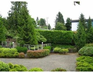 Photo 5: 306 5335 HASTINGS Street in Burnaby: Capitol Hill BN Condo for sale (Burnaby North)  : MLS®# V783120