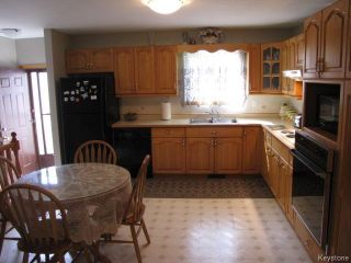 Photo 5: 1286 Leila Avenue in WINNIPEG: Maples / Tyndall Park Residential for sale (North West Winnipeg)  : MLS®# 1420267