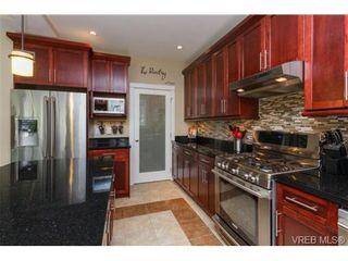 Photo 8: 1008 Limestone Lane in VICTORIA: La Bear Mountain House for sale (Langford)  : MLS®# 735195