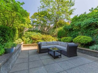 """Photo 2: 302 1438 W 7TH Avenue in Vancouver: Fairview VW Condo for sale in """"DIAMOND ROBINSON"""" (Vancouver West)  : MLS®# R2602805"""
