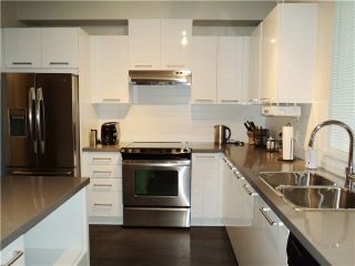 """Photo 6: 98 7938 209TH Street in Langley: Willoughby Heights Townhouse for sale in """"RED MAPLE PARK"""" : MLS®# F1415854"""