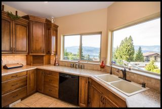 Photo 8: 2348 Mount Tuam Crescent in Blind Bay: Cedar Heights House for sale : MLS®# 10098391