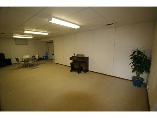 Photo 17: 421 HUNTINGTON Way NE in Calgary: Huntington Hills House for sale : MLS®# C4034997