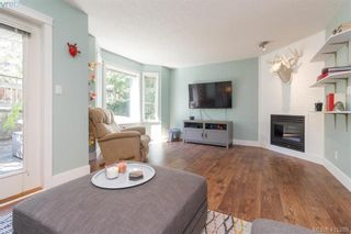 Photo 9: 3 2921 Cook St in VICTORIA: Vi Mayfair Row/Townhouse for sale (Victoria)  : MLS®# 823838
