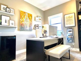 Photo 19: 437 50 Avenue SW in Calgary: Windsor Park Semi Detached for sale : MLS®# A1141403