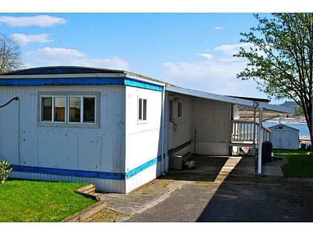 """Main Photo: 79 9950 WILSON Road in Mission: Stave Falls Manufactured Home for sale in """"Ruskin Place MHP"""" : MLS®# R2573244"""