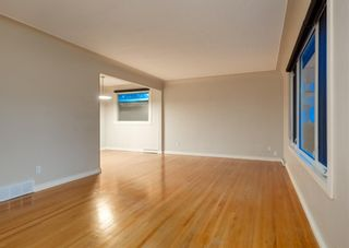 Photo 7: 23 CAMBRIAN Drive NW in Calgary: Rosemont Detached for sale : MLS®# A1120711