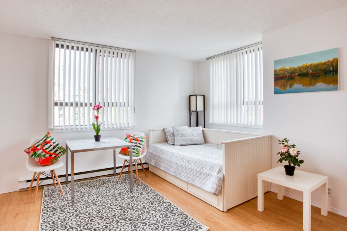 """Main Photo: 1601 789 DRAKE Street in Vancouver: Downtown VW Condo for sale in """"CENTURY TOWER"""" (Vancouver West)  : MLS®# R2352458"""