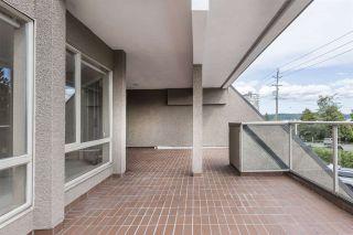 "Photo 20: 205 2471 BELLEVUE Avenue in West Vancouver: Dundarave Condo for sale in ""OCEAN PARK"" : MLS®# R2497466"