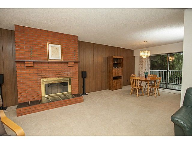 Photo 4: Photos: 1719 PETERS Road in North Vancouver: Lynn Valley House for sale : MLS®# V1105416