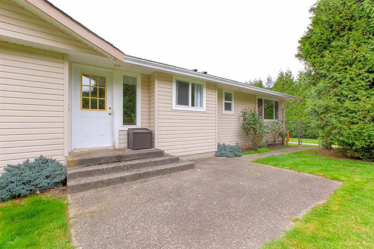 Photo 12: Photos: 13479 SHARPE Road in Pitt Meadows: North Meadows PI House for sale : MLS®# R2420820