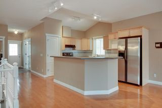 Photo 12: 212 SIMCOE Place SW in Calgary: Signal Hill Semi Detached for sale : MLS®# C4293353