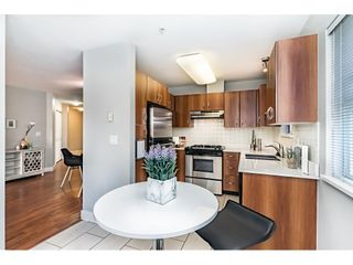 "Photo 7: 302 995 W 59TH Avenue in Vancouver: South Cambie Condo for sale in ""Churchill Gardens"" (Vancouver West)  : MLS®# R2327007"