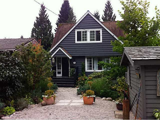 FEATURED LISTING: 1065 PROSPECT Avenue North Vancouver