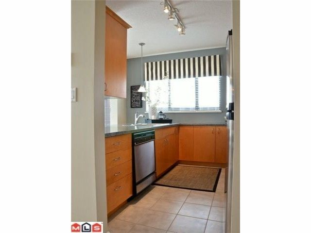 """Photo 17: Photos: 604 1581 FOSTER Street: White Rock Condo for sale in """"SUSSEX HOUSE"""" (South Surrey White Rock)  : MLS®# F1117826"""