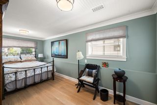 Photo 20: 14763 THRIFT Avenue: White Rock House for sale (South Surrey White Rock)  : MLS®# R2617830