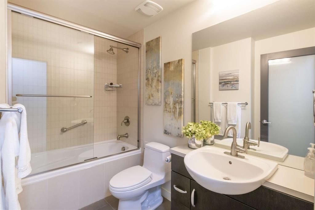 Photo 9: Photos: 204 530 12 Avenue SW in Calgary: Beltline Apartment for sale : MLS®# A1130259