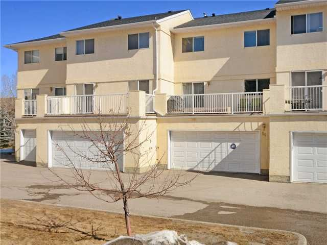 Photo 1: Photos: 51 MILLROSE Place SW in CALGARY: Millrise Townhouse for sale (Calgary)  : MLS®# C3560481
