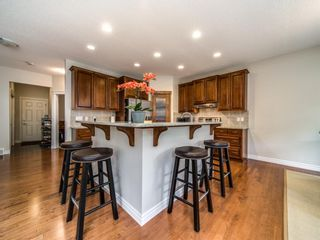 Photo 8: 422 Sherwood Place NW in Calgary: Sherwood Detached for sale : MLS®# A1031042