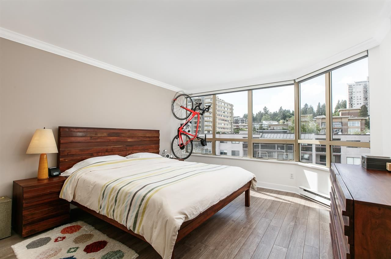 """Photo 11: Photos: 500 328 CLARKSON Street in New Westminster: Downtown NW Condo for sale in """"HIGHBOURNE TOWER"""" : MLS®# R2305428"""