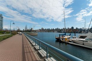 "Photo 32: 802 638 BEACH Crescent in Vancouver: Yaletown Condo for sale in ""ICON"" (Vancouver West)  : MLS®# R2511968"