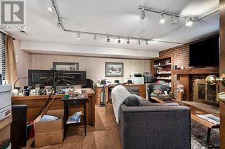 Photo 21: 379 LAKESHORE RD W in Oakville: House for sale : MLS®# W5399645