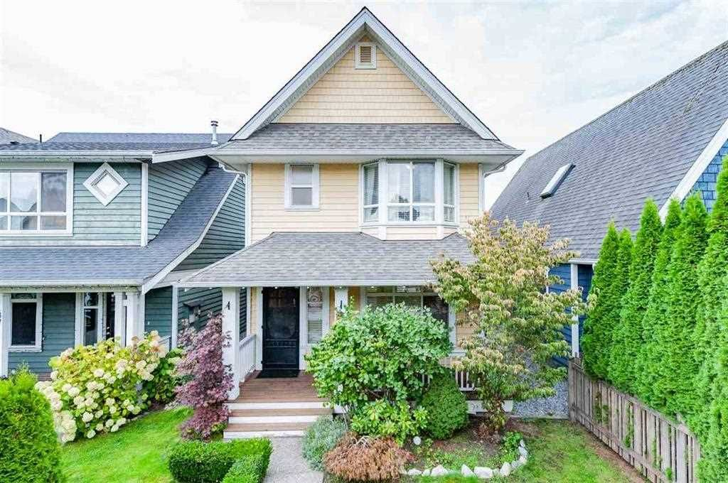 """Main Photo: 143 DOCKSIDE Court in New Westminster: Queensborough House for sale in """"THOMPSON LANDING"""" : MLS®# R2330315"""