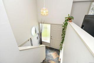 Photo 2: 640 Nootka St in : CV Comox (Town of) House for sale (Comox Valley)  : MLS®# 871239