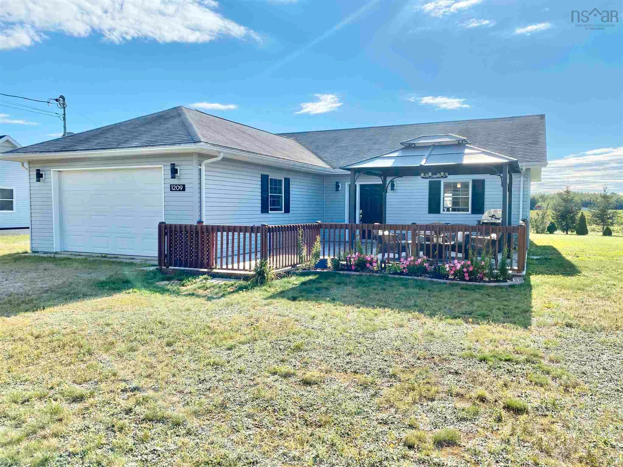 Main Photo: 1209 New Road in Aylesford: 404-Kings County Residential for sale (Annapolis Valley)  : MLS®# 202123778