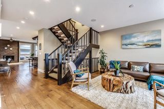 Photo 4: 725 51 Avenue SW in Calgary: Windsor Park House for sale : MLS®# C4143255
