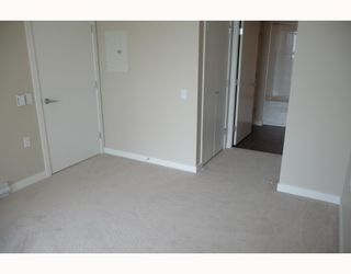 """Photo 9: 313 7088 SALIBURY BB in Burnaby: VBSHG Condo for sale in """"WEST"""" (Burnaby South)  : MLS®# V716077"""