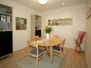 Photo 3: # 27 103 PARKSIDE DR in Port Moody: Heritage Mountain Condo for sale : MLS®# V1009143