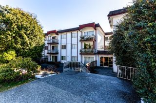 Main Photo: 204 135 W 21ST Street in North Vancouver: Central Lonsdale Condo for sale : MLS®# R2616179
