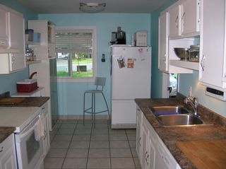 Photo 5: 598 Gleneagles Drive in Kamloops: Sahali House for sale : MLS®# 113539