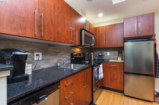 Photo 7: 312 611 Brookside Rd in VICTORIA: Co Latoria Condo for sale (Colwood)  : MLS®# 796459