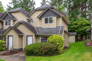 Photo 1: 6 555 Rockland Rd in : CR Campbell River South Row/Townhouse for sale (Campbell River)  : MLS®# 878113